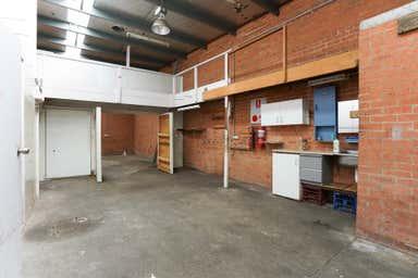 2/15-17 West Street Brookvale NSW 2100 - Image 3