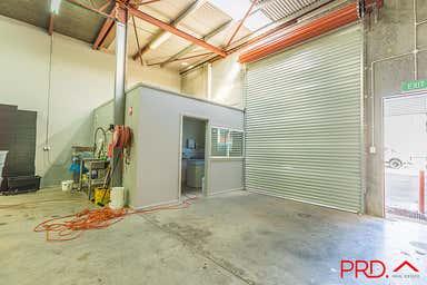 5a/84-92 Barnes Street Tamworth NSW 2340 - Image 3