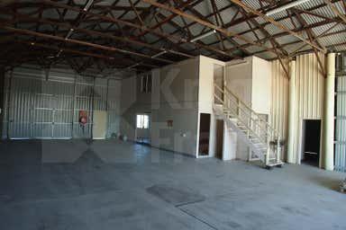 15-25 Chappell Street Rockhampton City QLD 4700 - Image 4