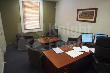 178 Quay Street Rockhampton City QLD 4700 - Image 4