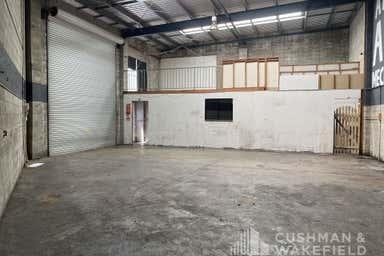 3/3 Hutchinson Street Burleigh Heads QLD 4220 - Image 3