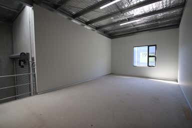 BRAND NEW INDUSTRIAL UNIT PARK, 31/10-12 Sylvester Avenue Unanderra NSW 2526 - Image 4