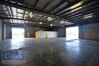 1/42 Keane Street Currajong QLD 4812 - Image 3
