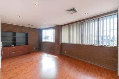 Suite 5, 115-121 Best Road Seven Hills NSW 2147 - Image 4