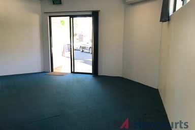 1C/465 Oxley Drive Runaway Bay QLD 4216 - Image 3