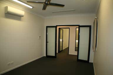 Level 1, 25 Howe Street Cairns North QLD 4870 - Image 4