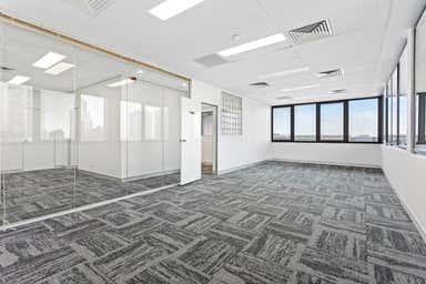 Third Floor, 7/52 Davenport Street Southport QLD 4215 - Image 3