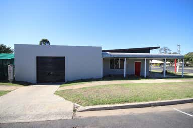 22 Toowoomba Road Crows Nest QLD 4355 - Image 3