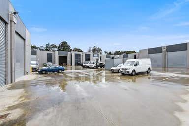 Warehouse 6, 23-25 Sharnet Circuit Pakenham VIC 3810 - Image 4