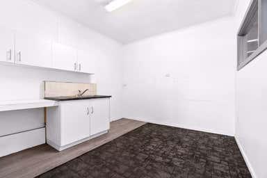 Unit 1/25 Rodney Road North Geelong VIC 3215 - Image 4