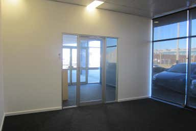 Unit 3, 15 Boag Road Morley WA 6062 - Image 3