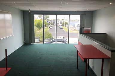 Unit 1, 32-34 Frankston Gardens Drive Carrum Downs VIC 3201 - Image 3