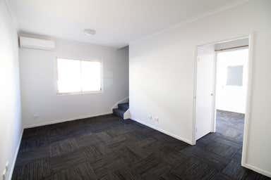 99 Racecourse Road Hamilton QLD 4007 - Image 3