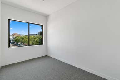 13/2 Waters Road Neutral Bay NSW 2089 - Image 4