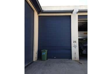 25/13-15 Ellerslie Road Meadowbrook QLD 4131 - Image 2
