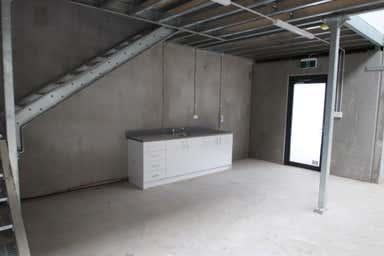 33/5-11 Waynote Place Unanderra NSW 2526 - Image 4