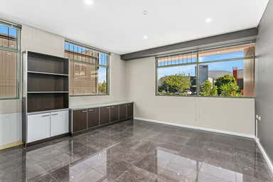 1/51 Montague Street North Wollongong NSW 2500 - Image 3