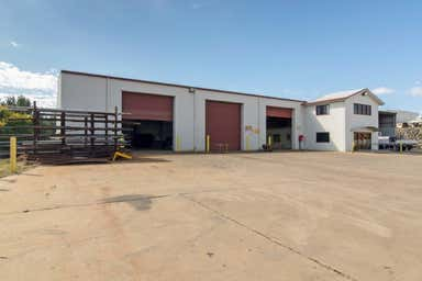 2 Bain Court Torrington QLD 4350 - Image 3