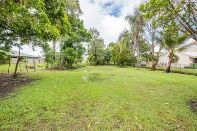 94 Broad Street Sarina QLD 4737 - Image 4