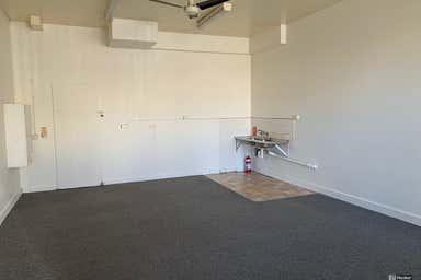 Shop 2, 1 Kent Street cnr Ridge Street Nambucca Heads NSW 2448 - Image 4