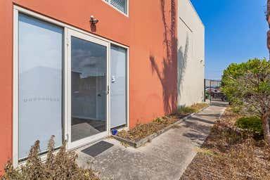 5/2 Saltspray Avenue Redhead NSW 2290 - Image 4
