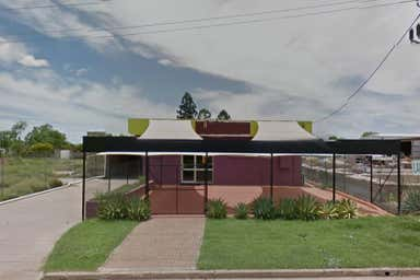 1 Douglas Street Emerald QLD 4720 - Image 4