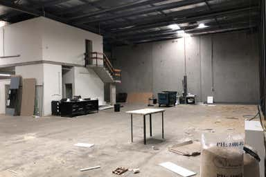 Unit 9, 8-12 Deadman Road Moorebank NSW 2170 - Image 4