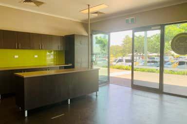 7/290 Bourbong Street Bundaberg West QLD 4670 - Image 4