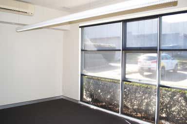 185 Perth Street - Unit 1 South Toowoomba QLD 4350 - Image 4