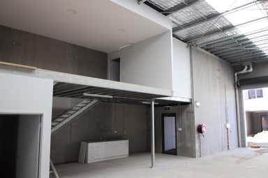 11/5 - 11 Waynote Place Unanderra NSW 2526 - Image 3