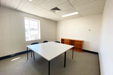 Suite 8, 2-6 Castlereagh Street Penrith NSW 2750 - Image 4
