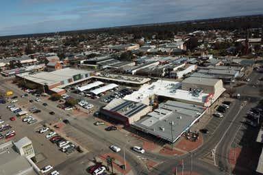 Echuca Square Shopping Centre, 26 Nish Street Echuca VIC 3564 - Image 4