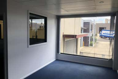 2/11-12 Carl Court Hallam VIC 3803 - Image 4