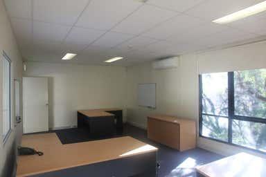 5/3 Kelso Cres Moorebank NSW 2170 - Image 4