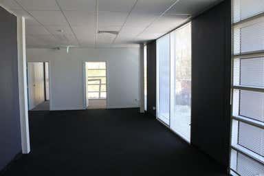 Suite 10b, 84-90 Lakewood Boulevard Braeside VIC 3195 - Image 4