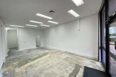 2/744 Gympie Road Chermside QLD 4032 - Image 3