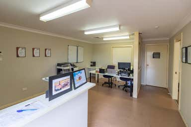 7/71 Racecourse Road Rutherford NSW 2320 - Image 3