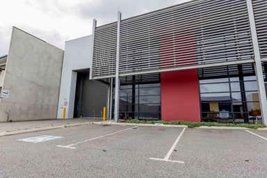 Unit 1, 16 Mordaunt Circuit Canning Vale WA 6155 - Image 4