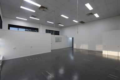 8/7 Kortum Drive Burleigh Heads QLD 4220 - Image 4