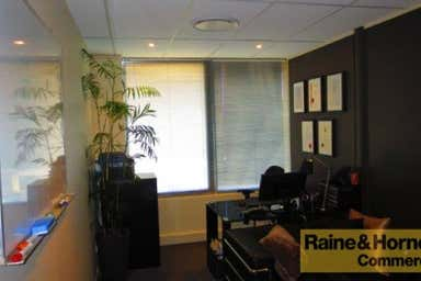 Suite 38, 120 Bloomfield Street Cleveland QLD 4163 - Image 3