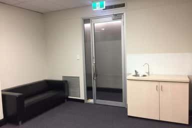 8A/231 Adelaide Terrace Perth WA 6000 - Image 4