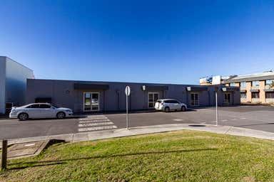 13  Edgars Road Thomastown VIC 3074 - Image 3