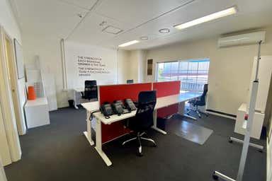 First Floor, 9/15 Tedder Avenue Main Beach QLD 4217 - Image 4