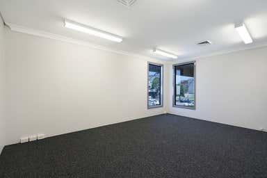 Unit 1, 45 The Avenue Wickham NSW 2293 - Image 3