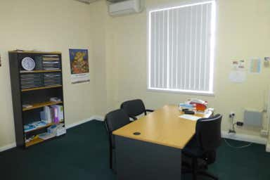 209 Lords Place Orange NSW 2800 - Image 3