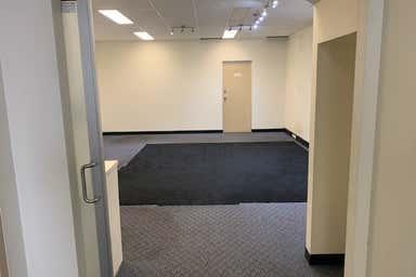 5/205 Port Hacking Road Miranda NSW 2228 - Image 3