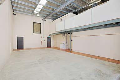 8/747 Fairfield Road Yeerongpilly QLD 4105 - Image 4