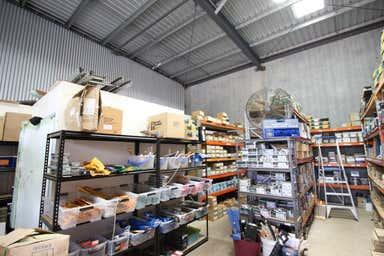 Shop 4, 207-217 McDougall Street Wilsonton QLD 4350 - Image 3