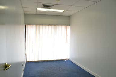 Suite 28, 119 Camooweal Street Mount Isa QLD 4825 - Image 4