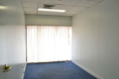 Suite 28, 119 Camooweal Street Mount Isa QLD 4825 - Image 4